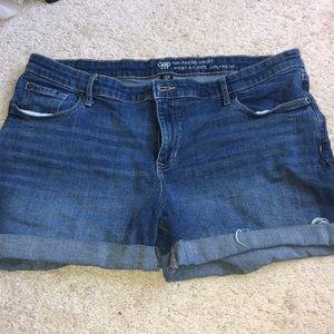 GAP girlfriend shorts size 16